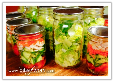 Why I Love Salad In A Jar - a week of salads | www.bitsofivory.com