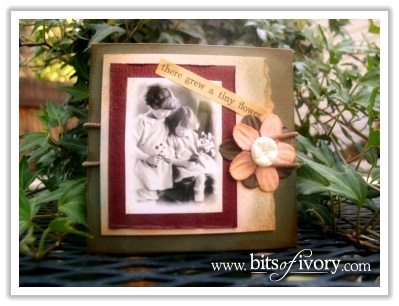 Unboxing Family Photos | Using old family photos in your favorite projects | www.bitsofivory.com