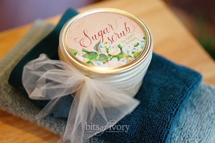 Sugar scrub jar with printable