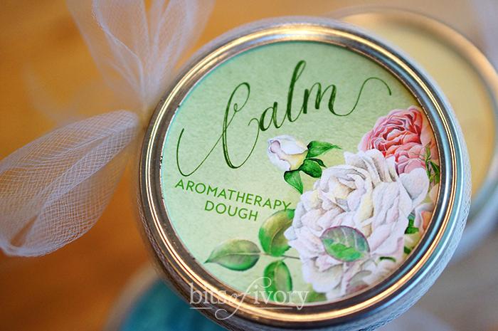 Aromatherapy dough Calm jar lid
