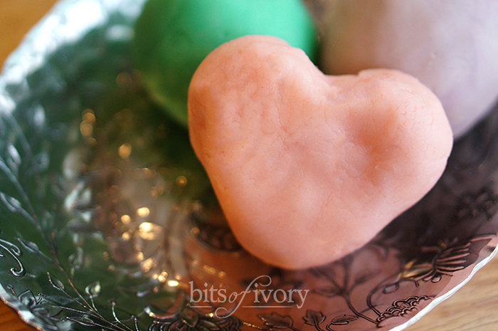 Aromatherapy dough for mother's day heart shaped
