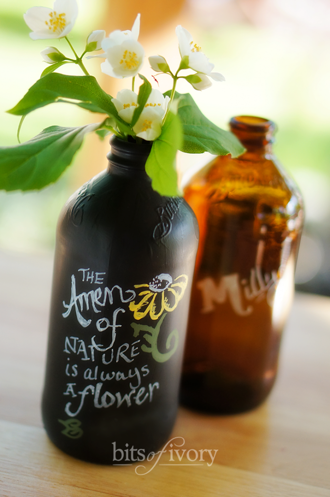 Soda bottles painted with chalkboard paint from bitsofivory.com