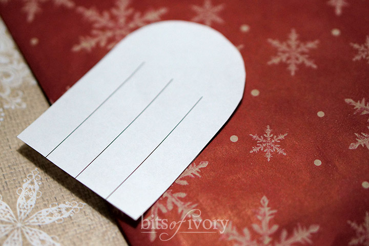Danish Christmas Heart Baskets   Julehjerter   From wrapping paper